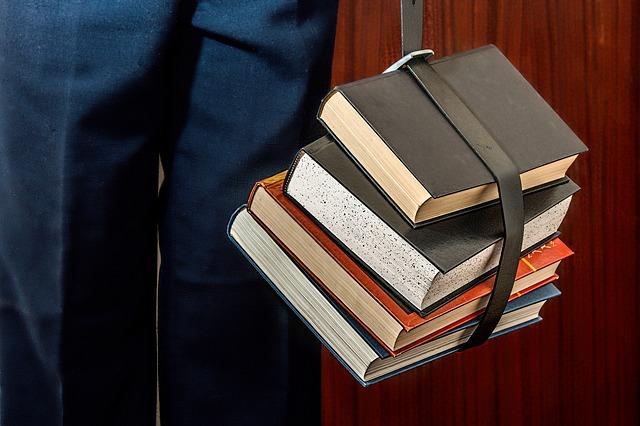 細切れ時間で読書をするためにKindle本にiPhone読み上げ機能を利用しています