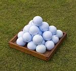 ゴルフボールの値段が気になるなら海外からの直輸入品がオススメです。