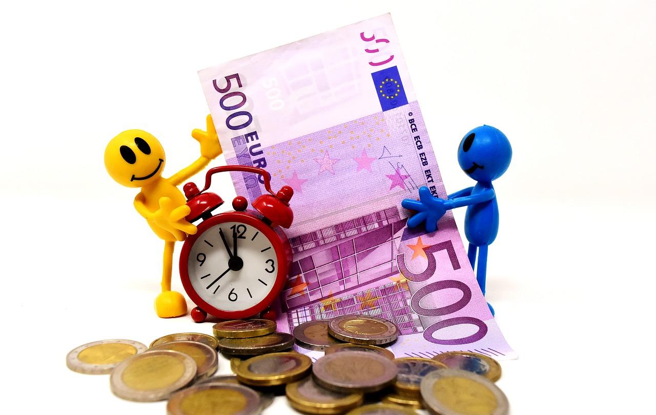 売上と経費と利益の関係。売上から差し引くのは経費か利益か。