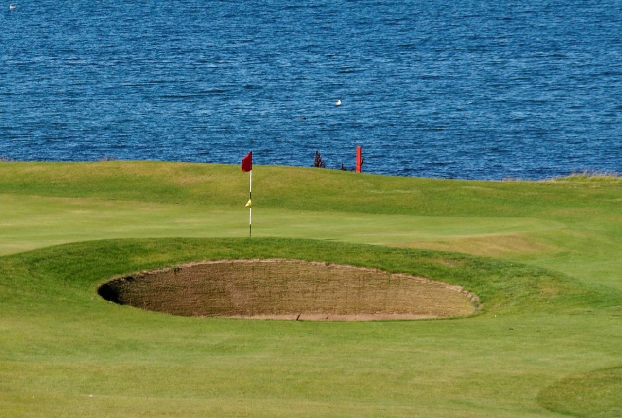 ゴルフの上達を目指すなら同じゴルフ場に通い続けるべし!