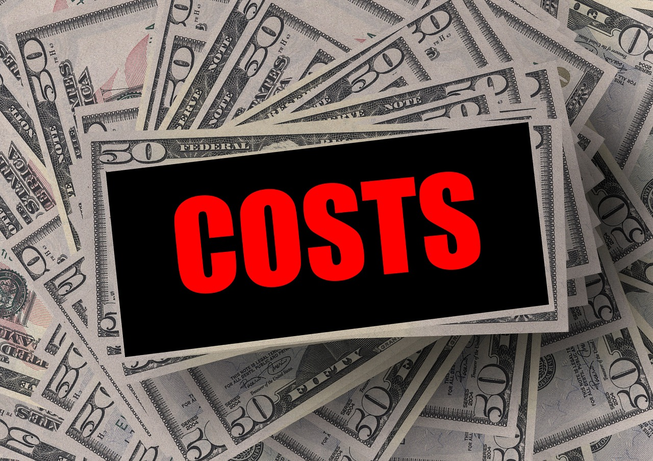 会社が損害賠償金を支払った場合の税金の考え方